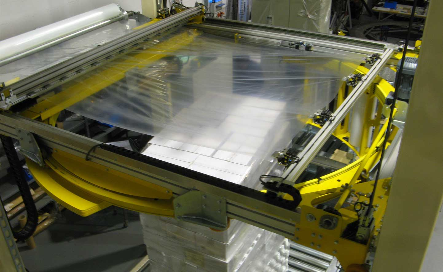 Movitech Pallet Wrapper in Use